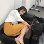 オフィスで寝る宇垣美里アナ