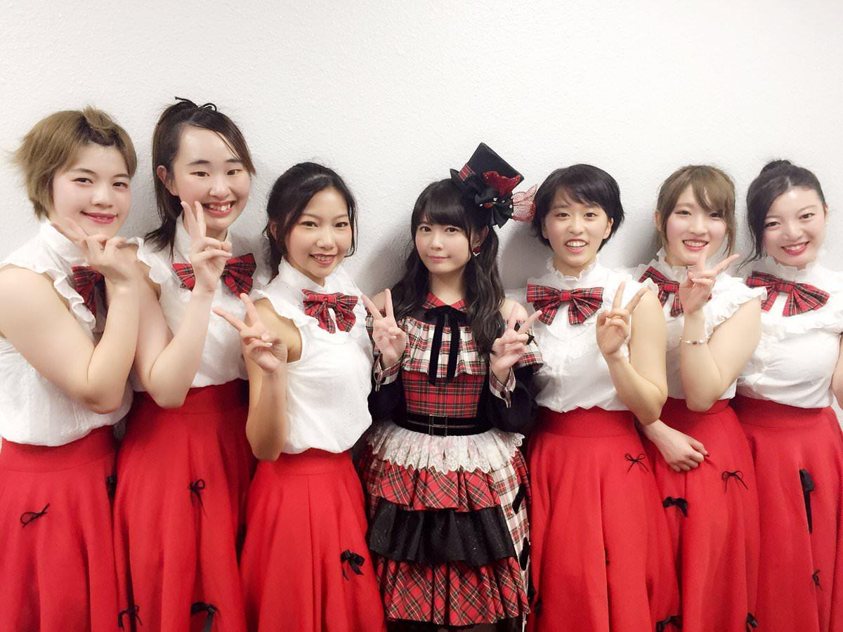 美少女声優・竹達彩奈さんが一般女性たちと並んでしまった結果w