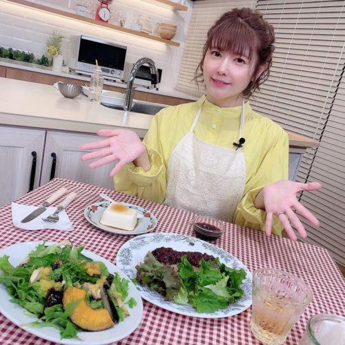 手料理を公開している竹達彩奈