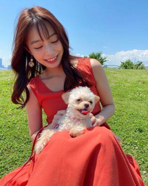 宇垣美里と愛犬のてんぷらちゃん